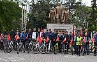 Bafra'da bisiklet severlerden 29 Ekim Bisiklet...