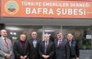 KAYMAKAM ARSLAN'DAN EMEKLİLER DERNEĞİNE VE BANKA...