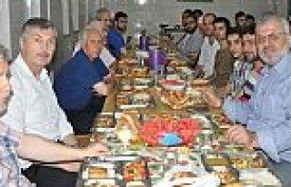 Merkez Kur'an Kursundan Suriyelilere İftar