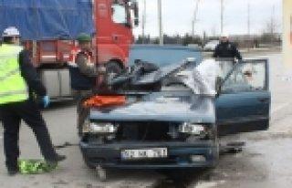Samsun'da trafik kazası 1 ölü, 2 yaralı