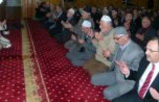 ŞEHİT LİDER BAFRA'DA DUALARLA YAD EDİLDİ