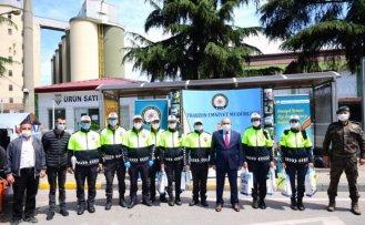 Trabzon Valisi Ustaoğlu, polis noktasında denetim yaptı