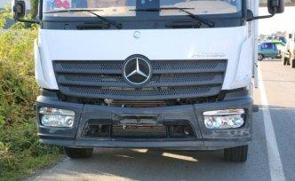 Samsun'da kamyon ile otomobil çarpıştı: 1 yaralı