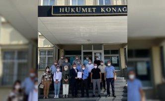 AK Parti Kavak İlçe Başkanı Onur mazbatasını aldı