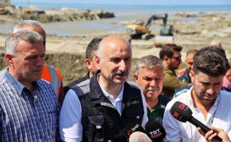 Bakan Karaismailoğlu Çatalzeytin'de yapılan köprüyü ulaşıma açtı: