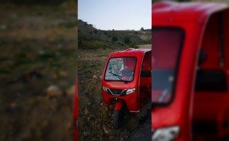 Hafriyat yığınına çarpan motosikletin sürücüsü ağır yaralandı