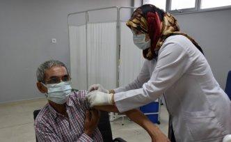 Trabzon Sağlık Müdürü Usta, toplumsal bağışıklık için vatandaşları aşı yaptırmaya davet etti: