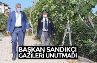 BAŞKAN SANDIKÇI GAZİLERİ UNUTMADI