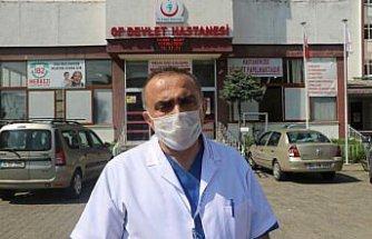 KOVİD-19 HASTALARI YAŞADIKLARINI ANLATIYOR - Koronavirüsü yenen Of Devlet Hastanesi Başhekimi Uysal, görevinin başına döndü