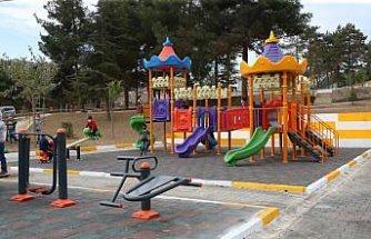 Tokat'ta yanan çocuk parkı tekrar açıldı