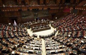 Çok partili koalisyonlar ile yönetilen İtalya, bir kez daha hükümet krizi yaşıyor