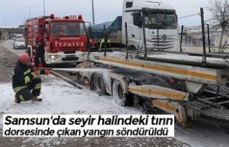 Samsun'da seyir halindeki tırın dorsesinde çıkan yangın söndürüldü