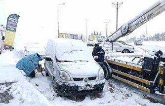 Sakarya, Kocaeli, Karabük ve Bolu'da kar etkili oluyor