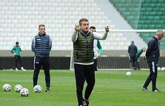 Giresunspor Teknik Direktörü Hakan Keleş şampiyon olacaklarına inanıyor: