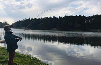 Gölcük olta balıkçılarının ilgi odağı oldu