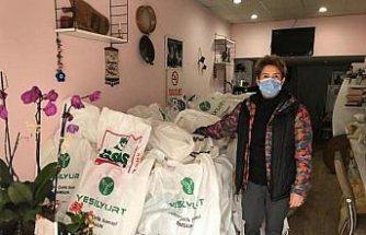 Samsun'da ihtiyaç sahibi ailelere gıda paketi yardımı
