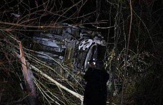 Samsun'da şarampole devrilerek alev alan uyuşturucu yüklü otomobilde bir kişi yaşamını yitirdi