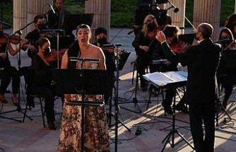 """Samsun Devlet Opera ve Balesi """"Yaza Merhaba"""" konseri verdi"""