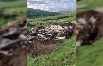 Menderesleri ile ünlü Perşembe Yaylası'ndaki kaçak yapılar yıkıldı