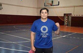 Olimpiyat şampiyonu boksör Busenaz Sürmeneli: