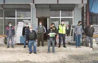Samsun'da jandarma ekipleri Trafik Haftası dolayısıyla broşür dağıttı