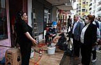Aile ve Sosyal Hizmetler Bakanı Yanık, selden etkilenen Rize ve Artvin'de incelemelerde bulundu: