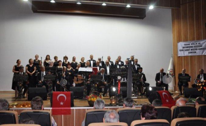 Türk Sanat Müziği Korosu'ndan Terme'de konser
