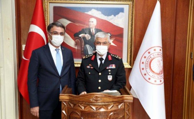 Jandarma Genel Komutanı Orgeneral Çetin, Tokat Valisi Balcı'yı ziyaret etti
