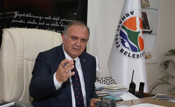 Arhavi Belediye Başkanı Vasfi Kurdoğlu, belediyenin 2 yıllık faaliyetlerini değerlendirdi
