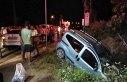 Samsun'da otomobil ile hafif ticari araç çarpıştı:...