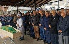 Puket Adası'ndaki kazada ölen kadın Trabzon'da toprağa verildi