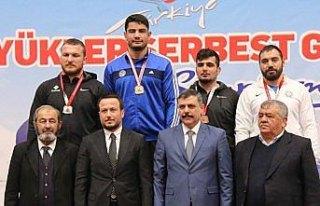 Türkiye Büyükler Serbest Güreş Şampiyonası
