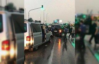 Karabük'te trafik kazaları: 15 yaralı