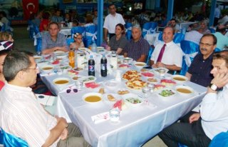 Şehit Ailelerine ve Gazilere İftar Yemeği