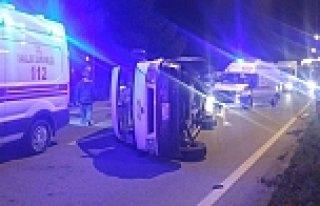 Bafra'da İki Minibüs Çarpıştı: 10 Yaralı