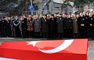 KALP KRİZİ SONUCU ÖLEN POLİS MEMURU İÇİN TÖREN...