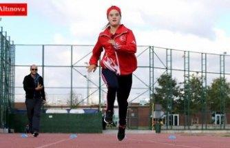 Down sendromlu atlet Merve Uzun: En büyük hayalim şarkıcı Edis ile tanışmak