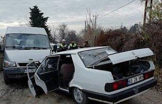 Tokat'ta minibüs ile otomobil çarpıştı: 6 yaralı