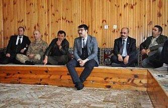 Demirözü Kaymakamı Coşkun'un köy ziyaretleri