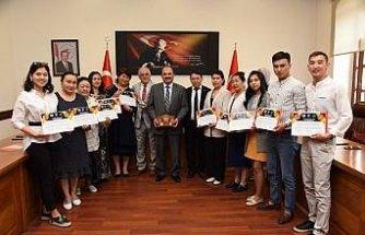 Kırgız sağlıkçılardan üçüncü grubun Kastamonu'daki eğitimi tamamlandı
