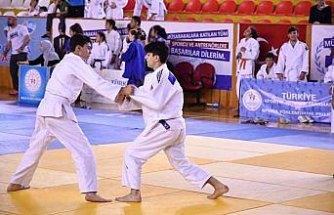 Judo: 1. Uluslararası Topçam Turnuvası