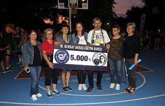 Sinop'ta Berkay Akbaş sokak basketbolu turnuvası düzenlendi