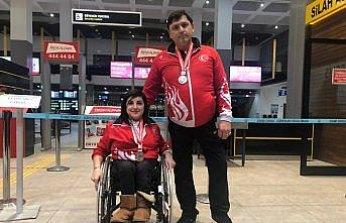 Paralimpik milli sporculara coşkulu karşılama
