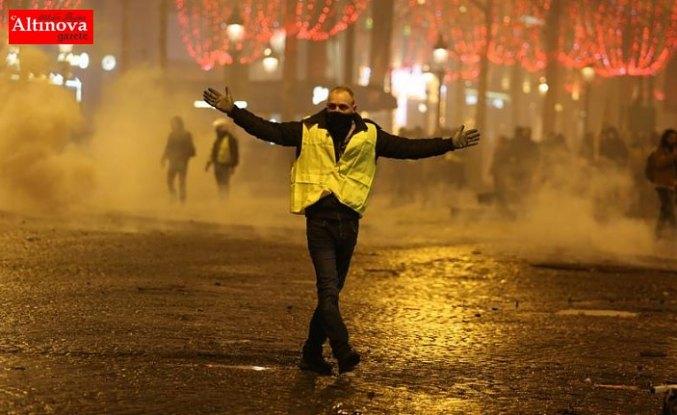 'Eylemciler Macron'un istifasını istiyor'