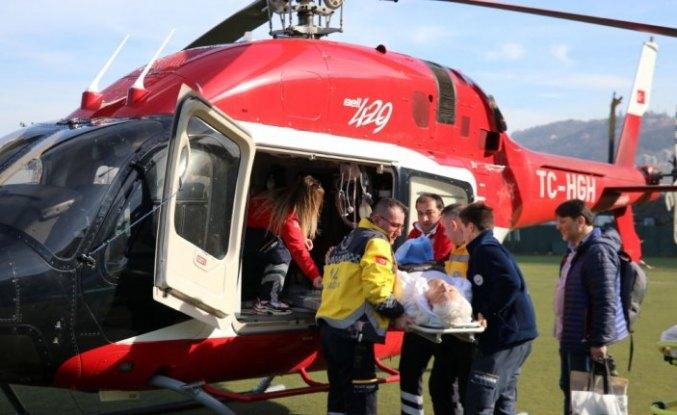 Ambulans helikopter kalçası kırılan hasta için havalandı