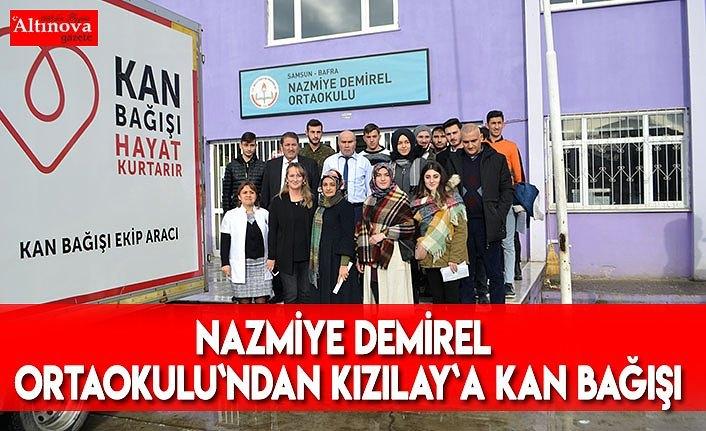 Nazmiye Demirel Ortaokulunda Kızılay`a 40 ünite kan bağışı