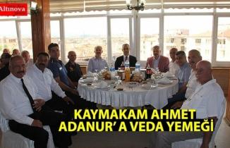 KAYMAKAM AHMET ADANUR' A VEDA YEMEĞİ